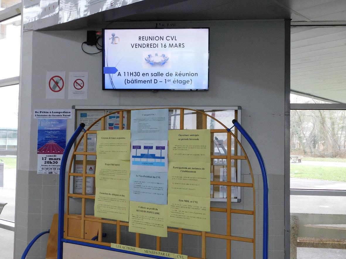 Journée Porte Ouverte 2018 - Hall, Espace d\'information des élèves